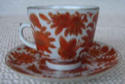C. 1875 SACRED BIRD AND BUTTERFLY DEMITASSE CUPS/SAUCERS