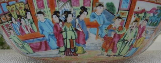 C. 1820 CHINESE EXPORT ROSE MANDARIN HUGE PUNCH BOWL