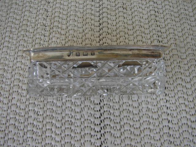 C. 1920 CRYSTAL BOX W/SILVER TOP