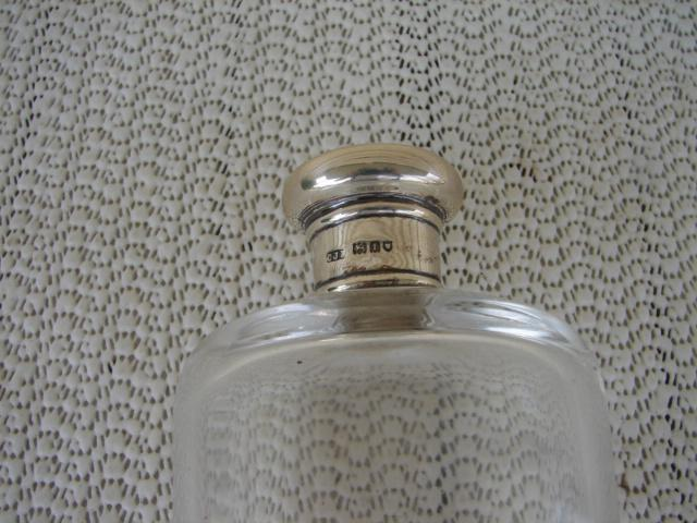 C. 1920 ENGLISH PERFUME BOTTLE W/STERLING TOP