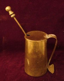 BRASS POT WITH KEROSENE LIGHTER