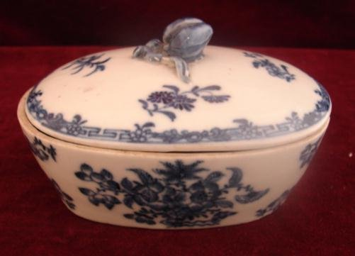 CHINESE EXPORT 18TH. CENTURY COVERED SOAP DISH