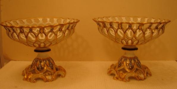 C. 1820-1840 OLD PARIS PAIR OF COMPOTES