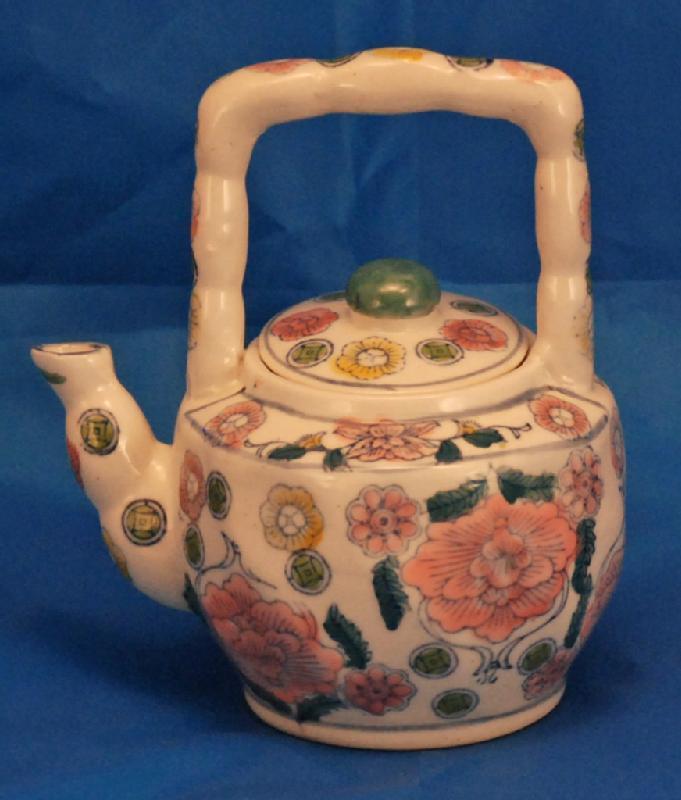 Chinese Porcelain Teapot