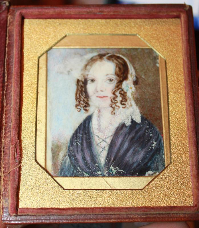 Miniature on Ivory Primitive Portrait of early Coloial American woman
