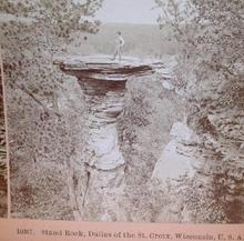 OUTSTANDING STEREOVIEW OF A  MAN STANDING ON ROCK