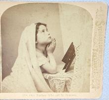 STEREOVIEW -  YOUNG GIRL SAYING HER PRAYERS
