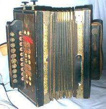 VERY OLD GERMAN CONCERTINA