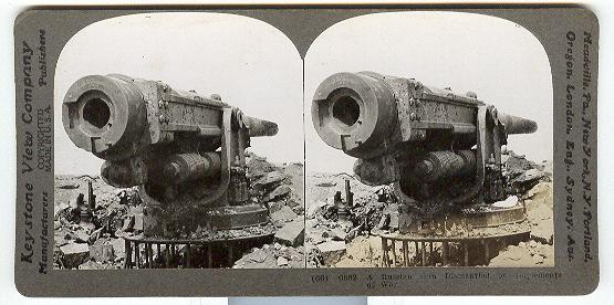 A RUSSIAN GUN DISMANTLED BY IMPLEMENTS OF WAR  - STEREOVIEW