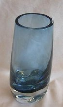BEAUTIFUL BLUE CASED GLASS VASE