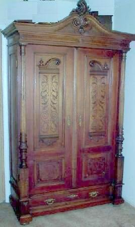 BEAUTIFUL FRENCH STYLE WALNUT ARMOIRE