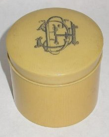 FRENCH IVORY (CELLULOID) ROUND BOX