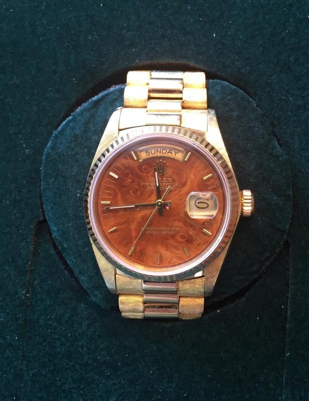 BEAUTIFUL MAN'S 18K GOLD PRESIDENTIAL ROLEX WITH DAY/DATE