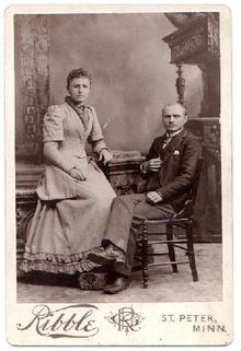 YOUNG COUPLE IN VICTORIAN CLOTHING