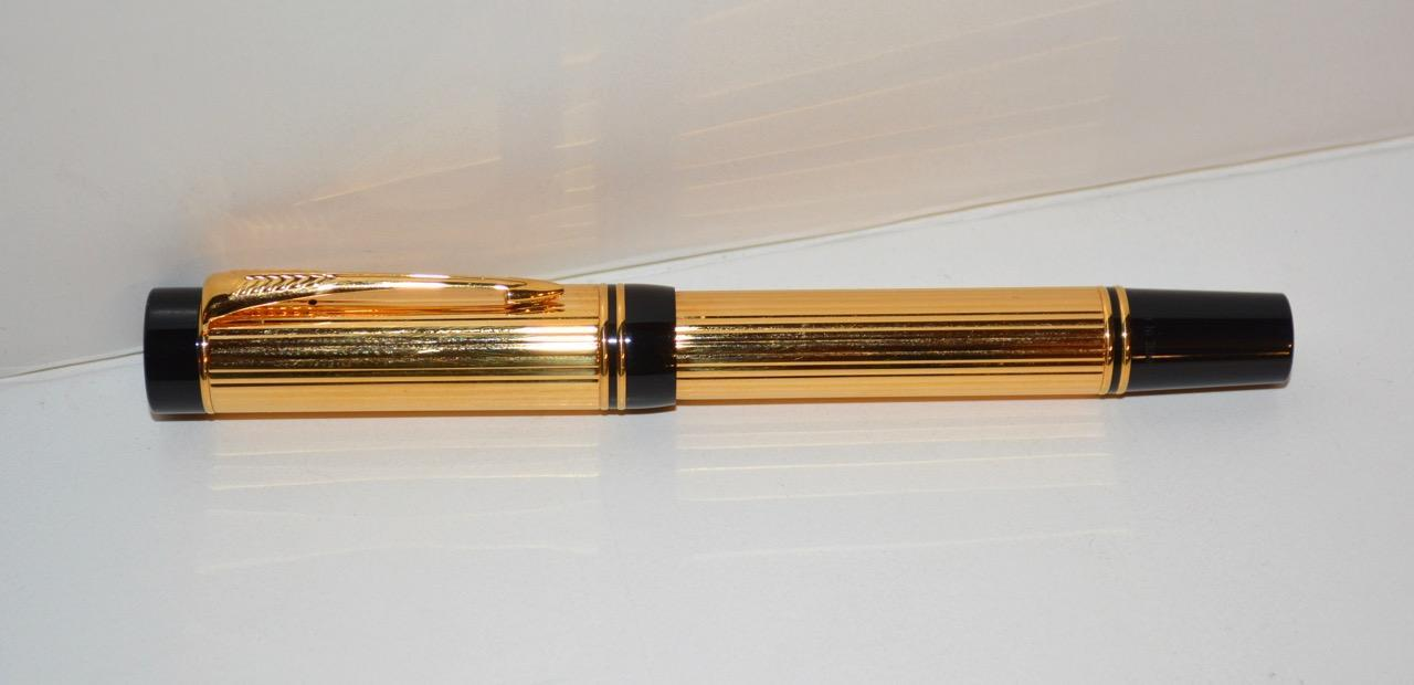 Parker International Gold Plated Fountain Pen with 18k NIB