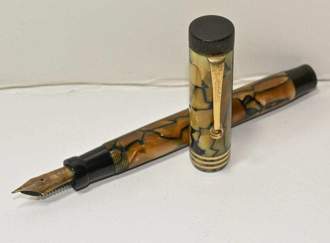Parker Duofold Lucky Curve Fountain Pen
