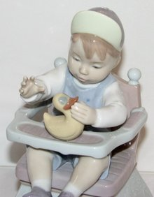 LLADRO FIGURINE #6300 - TODDLER BOY WITH RUBBER DUCKY