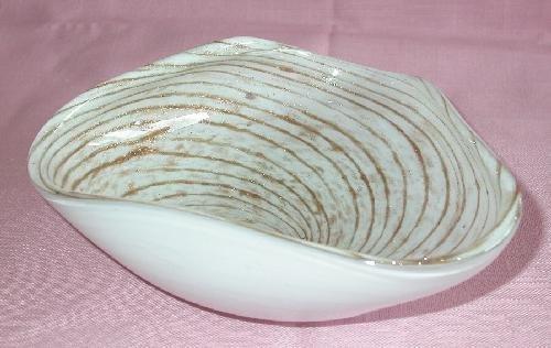 BEAUTIFUL WHITE AND GOLD STRIPE MURANO GLASS