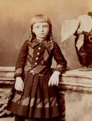 Adorable Young Girl With Curls - CABINET CARD