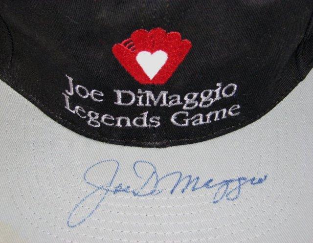 JOE DIMAGGIO SIGNED BASEBALL CAP