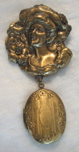 Gibson Girl Hanging Locket Brooch
