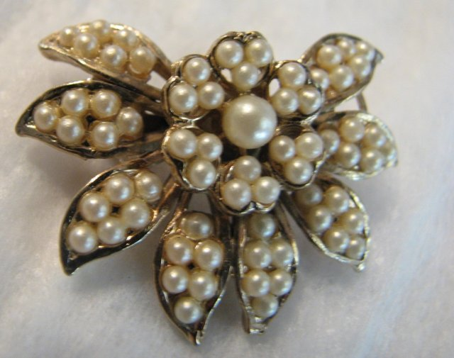 Classic 1940's Seed Pearl Brooch