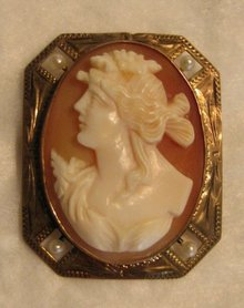19th Century Left Facing Shell Cameo Brooch with Seed Pearl Accents