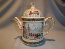SADLER OF ENGLAND LONDON HERITAGE WINDSOR CASTLE TEAPOT TEA POT