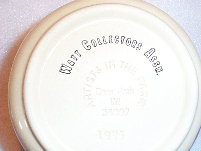 WATT POTTERY APPLE GREASE JAR WATT Collectors Assoc. 1995 Apple Grease Bowl