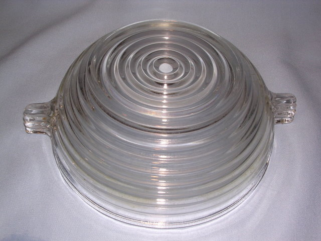 ANCHOR HOCKING  DEPRESSION GLASS MANHATTAN HORIZONTAL RIB 7 1/2 HANDLED BERRY BOWL CRYSTAL
