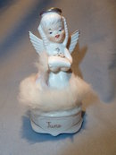 Vintage Napco June Angel Figurine A4588 Wedding Fur