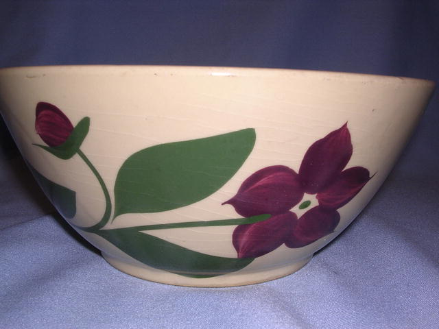 WATT POTTERY FIVE PETAL STARFLOWER #66 BOWL