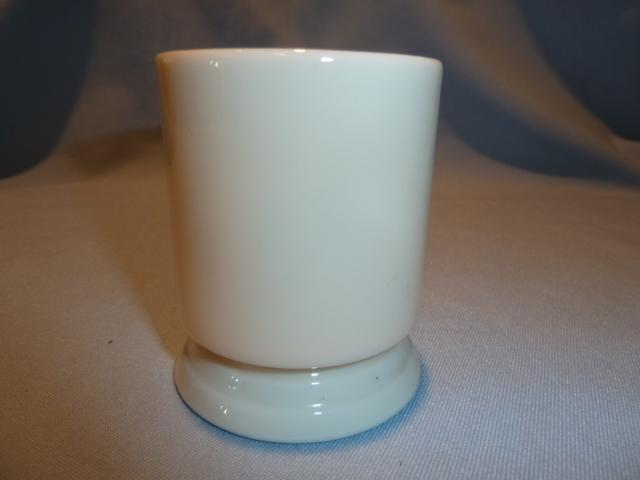 VINTAGE LENOX CHINA GREEN MARK WHITE TOOTHPICK HOLDER