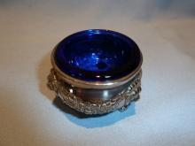 VINTAGE SILVER PLATE FOOTED OPEN SALT WITH COBALT BLUE LINER