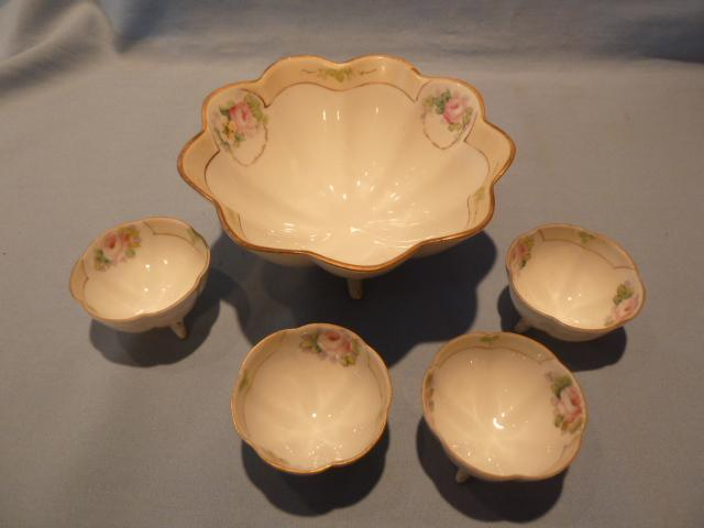 ANTIQUE NIPPON 5 PIECE NUT MINT BOWL SET FLORAL
