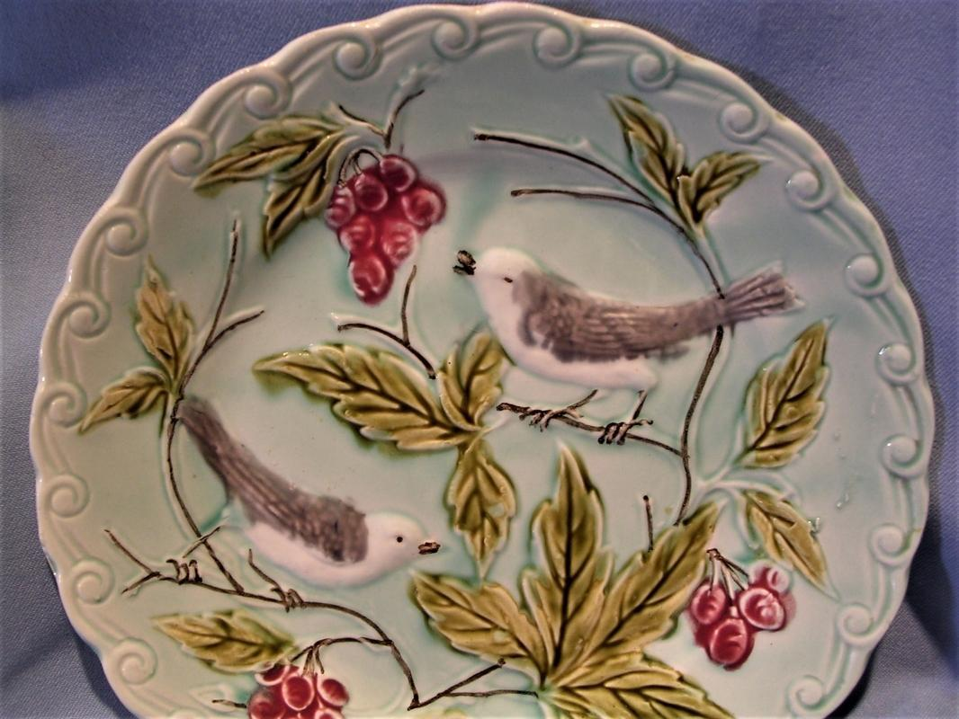 Superb Vintage 1920's French Majolica Sarreguemines PV Plate with Birds and Fruit
