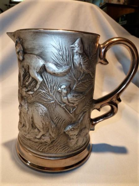 JIM BEAM 1OTH ANNUAL CONVENTION PEWTER COLOR WOODLAND CREATURES TALL PITCHER.