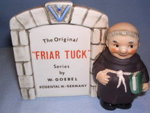 GOEBEL FRIAR TUCK SERIES SIGN FIGURINE WZ 2 FULL BEE