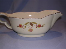 HALL JEWEL TEA   AUTUMN LEAF GRAVY SAUCE BOAT