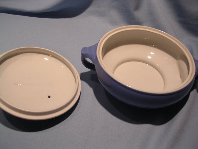 HALL CHINA  SUNDIAL DELPHINIUM BLUE COVERED CASSEROLE