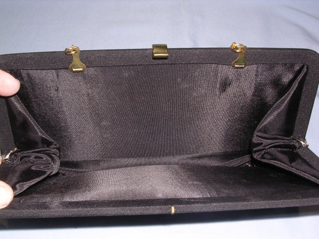 VINTAGE BLACK FILE CLOTH EVENING CLUTCH WITH GOLD CHAIN & CLASP