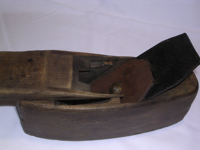 OLD WOOD TOOTHING PLANE
