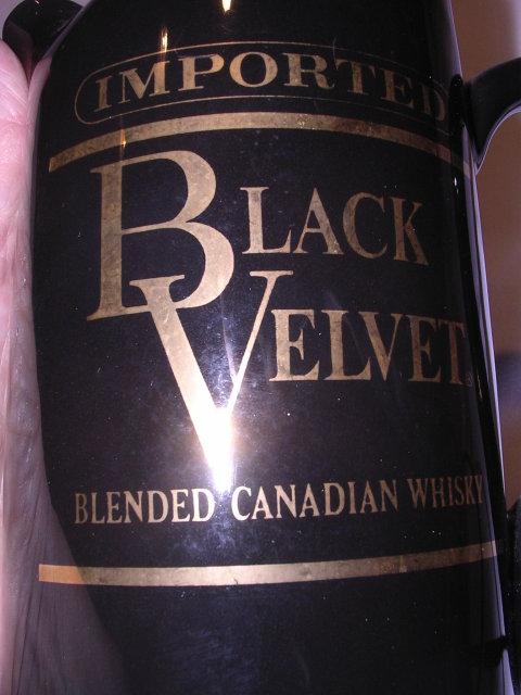 BLACK VELVET CANADIAN WHISKEY WATER PITCHER