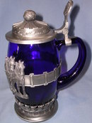 THE ANHEISER BUSCH BUDWEISER  COLLECTORS CLUB 2004 MEMBERSHIP STEIN