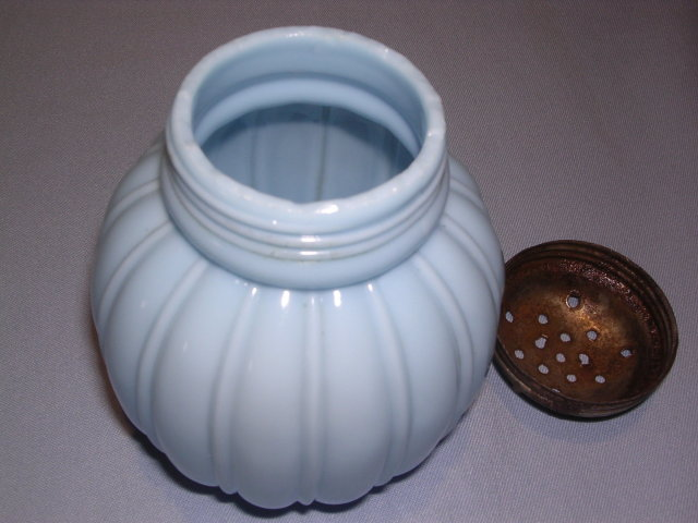 ANTIQUE MELLIGO BLUE SUGAR SHAKER MUFFINEER BY CONSOLIDATED LAMP & GLASS