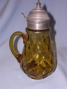 ANTIQUE AMBER THUMBPRINT SYRUP JUG PITCHER WITH PEWTER LID