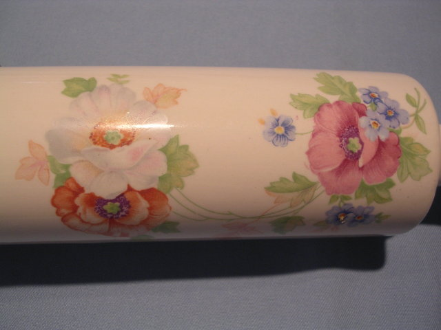 VINTAGE HARKER AMY FLORAL ROLLING PIN
