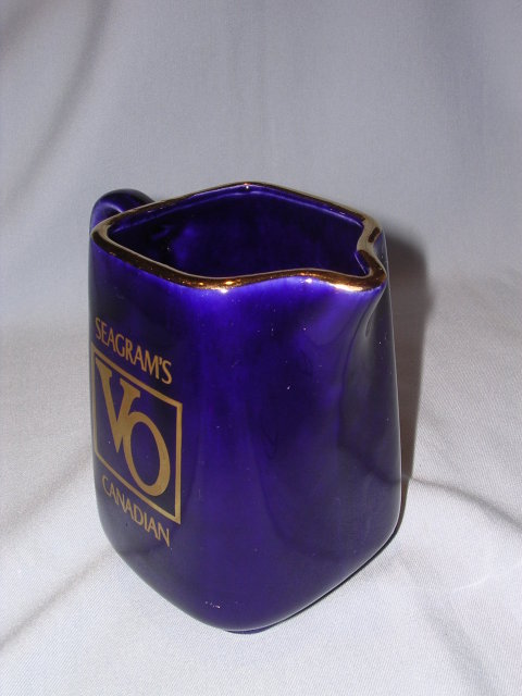 SEAGRAM'S VO CANADIAN WHISKEY BAR WATER PITCHER COBALT BLUE
