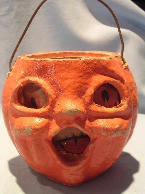 HALLOWEEN PAPER MACHE JACK-O-LANTERN WITH EYE/MOUTH INSERT