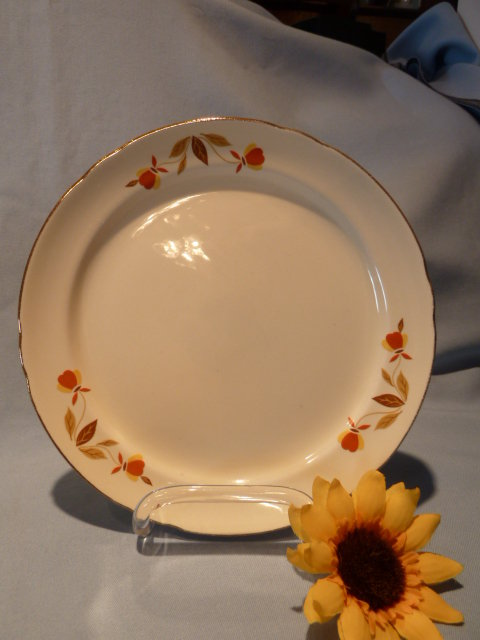 HALL AUTUMN LEAF SALAD PLATE
